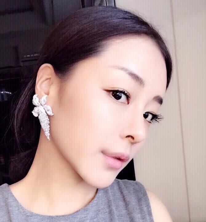 新2.jpg 李泉与王凯丽现身上海文化广场 王凯丽kellywang最新动态